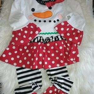 Other - Cute snowman outfit